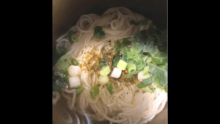 【ズボラ飯】スープジャーで作る「ゆでない」そうめん-できあがり